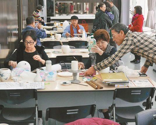 台華窯藝術研習中心常見藝術家來此創作。(陳俊雄攝)