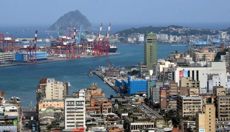現今熱鬧繁華的基隆港,17世紀時是海上強權爭奪的目標。(范揚光攝)